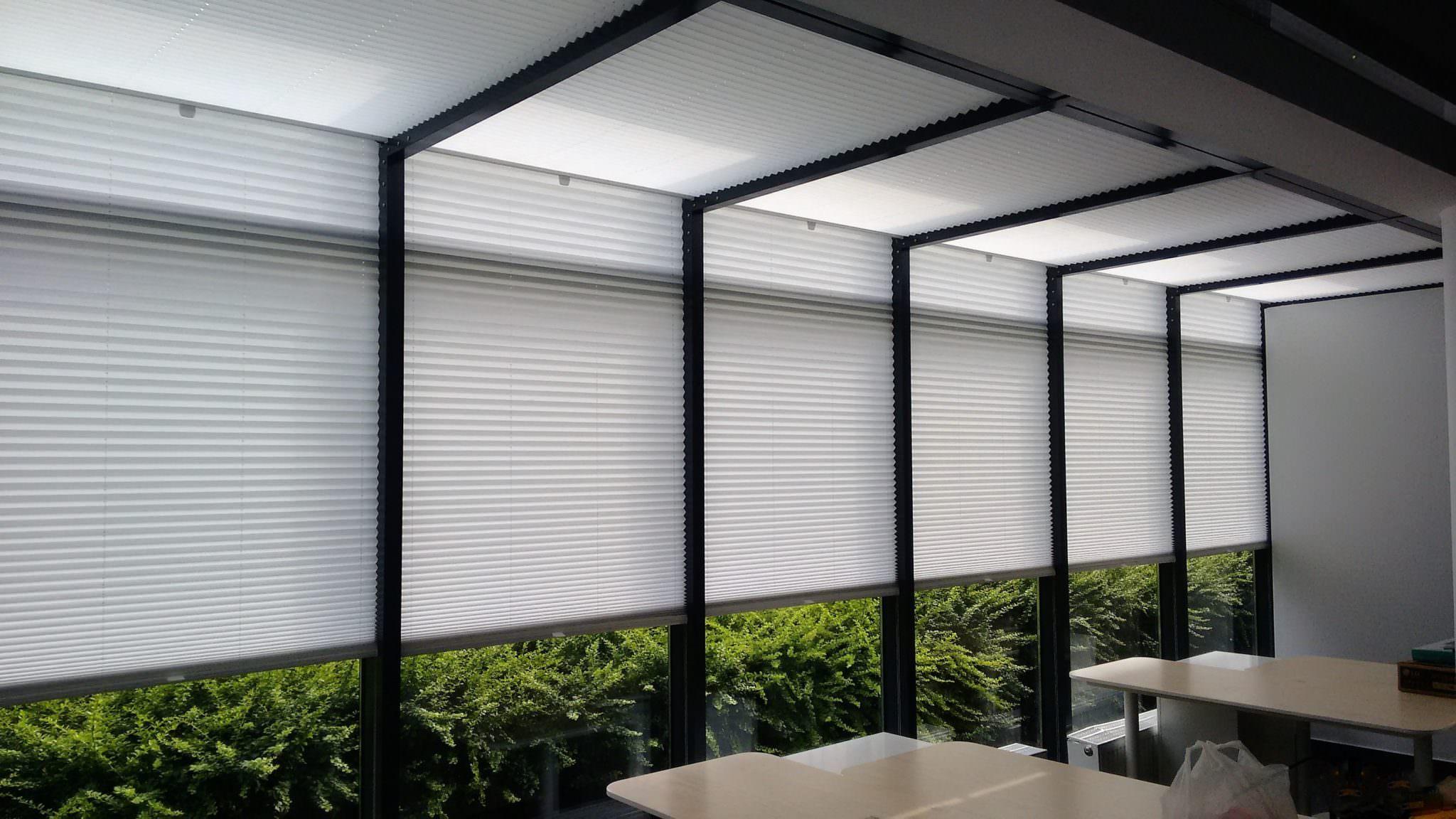 Plisy w witrynie - na okna pionowe i poziome