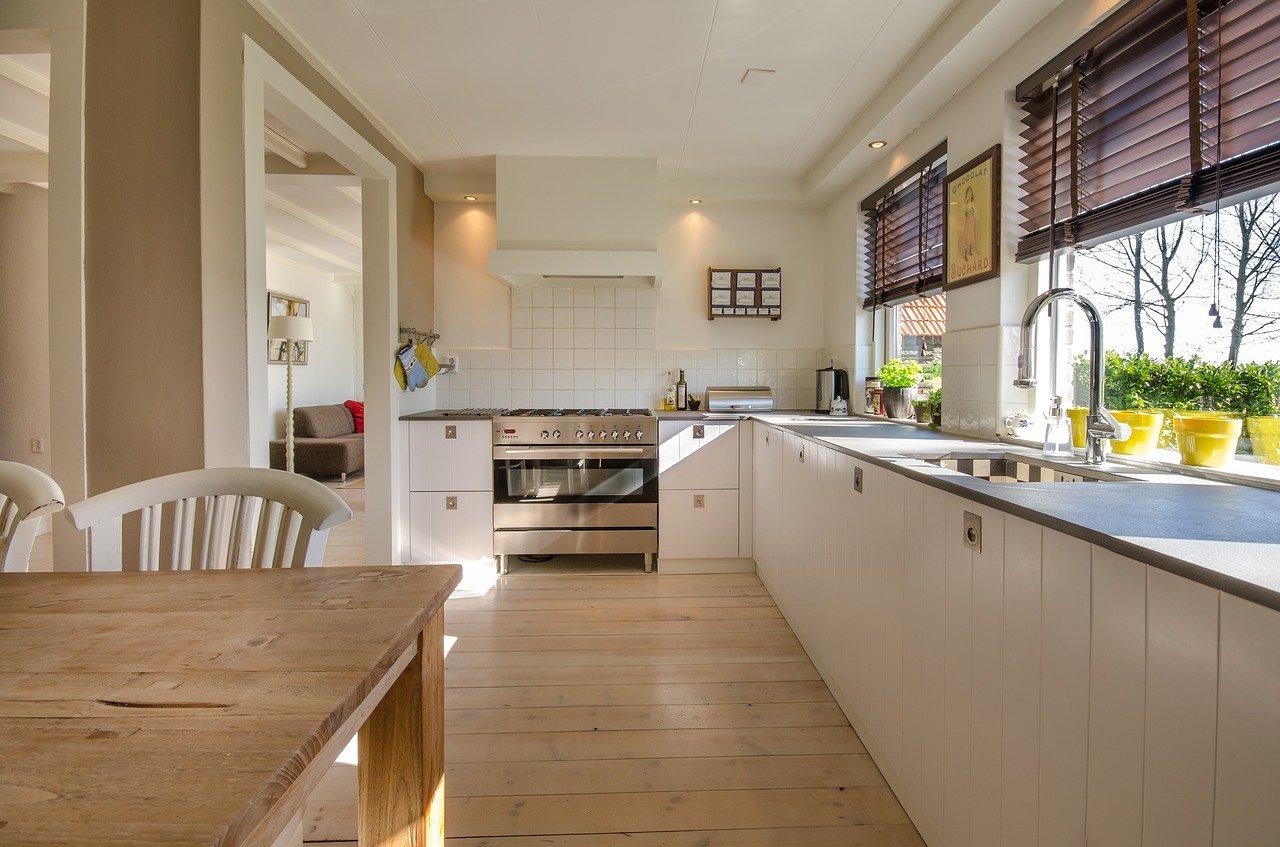 Jakie rolety wybrać do kuchni?